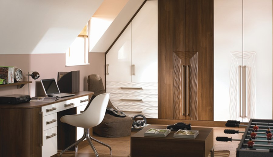 Bella-Venice-HG-White-Dark-Walnut.jpg